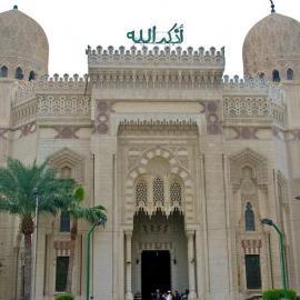 Александрия: памятники, мечети, резиденции, форты и стадионы города