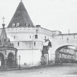 Фундамент Варваринской башни