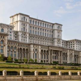 Бухарест: дворцы, музеи, аквапарки, крепость Поенарь, руины Куртя-Веке