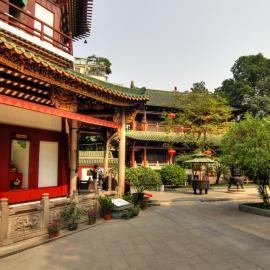 Гуанчжоу: парки, телебашня, храм Шести Деревьев Баньян, ханьфу