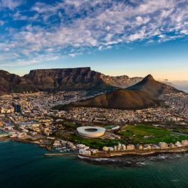 Кейптаун: Столовая гора, пляж Валунов, музеи, замок Доброй Надежды