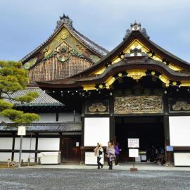 Киото: стальная башня, замок Нидзё, храм Гинкаку-дзи, музей манги