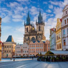 Прага: площади, Карлов мост, Пороховая башня, Пражский Град