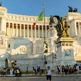Рим: Колизей, Римский форум, площади, Дворец правосудия, Пантеон