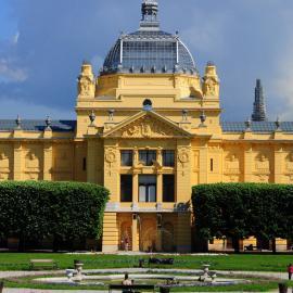 Загреб: замок, соборы и церкви, площадь, Павильон искусств, зоопарк